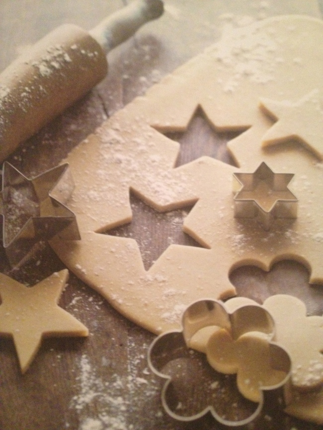 Biscuit shape cutting